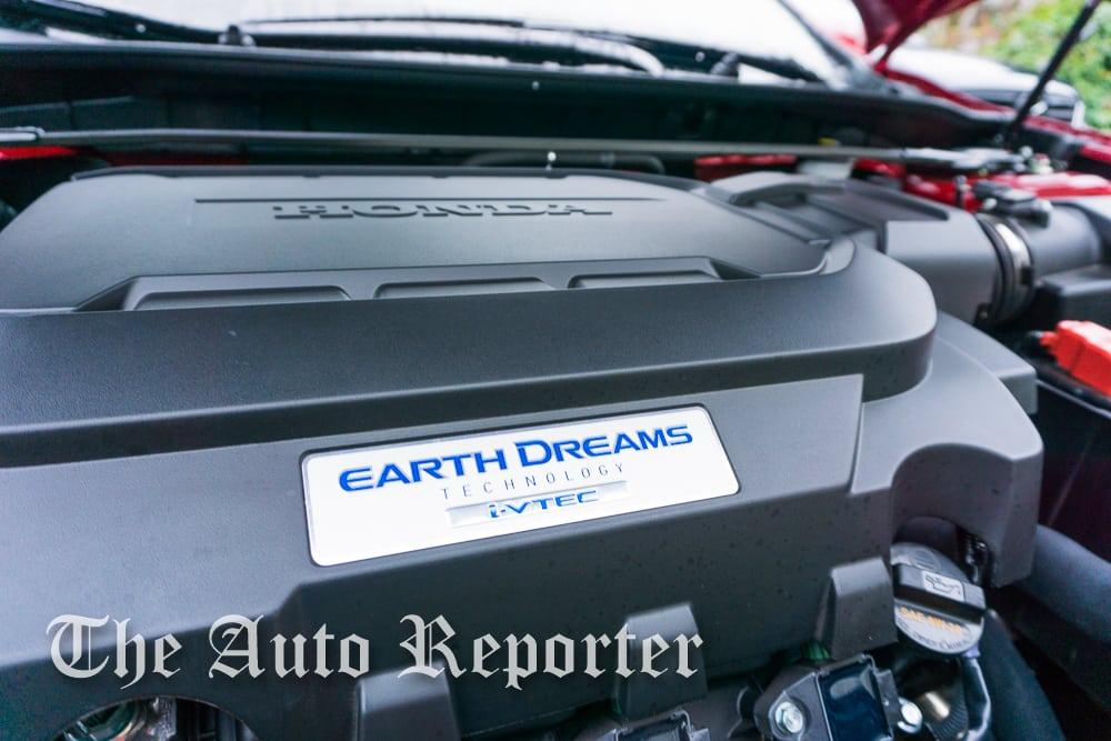 2016 Honda Accord EX-L V6 brings power to the masses |
